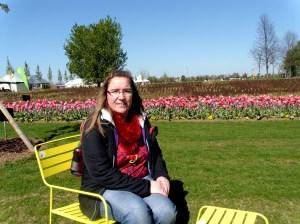 Birgit im Blütenmeer